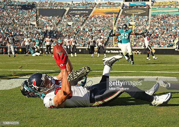 Kevin Walter of the Houston Texans catches a touchdown pass during a game against the Jacksonville Jaguars at EverBank Field on November 14 2010 in...