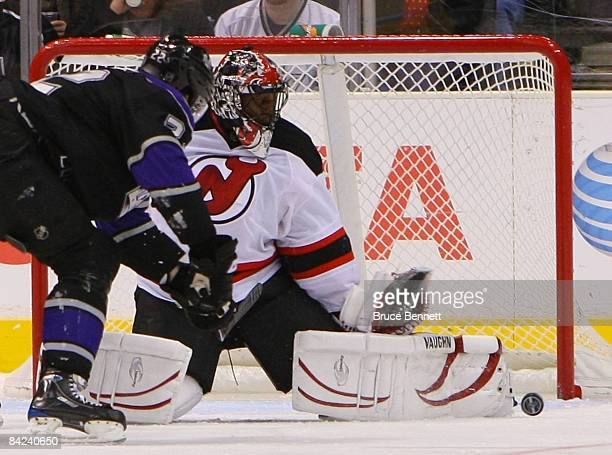 Kevin Weekes of the New Jersey Devils steers aside a shot by Brian Boyle of the Los Angeles Kings on January 10 2009 at the Staples Center in Los...