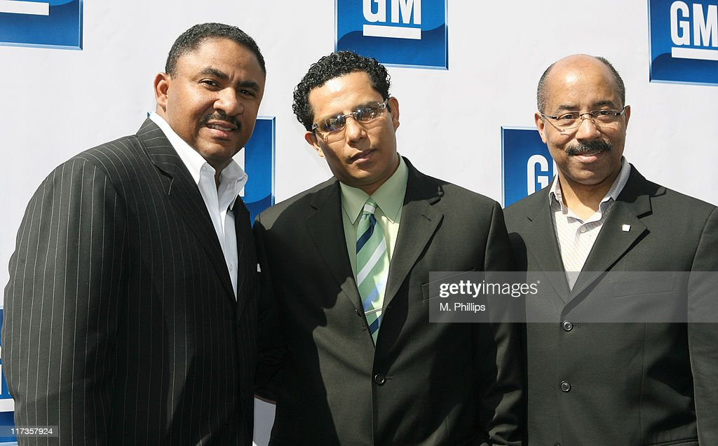 4th Annual 'Stars and GM Cars' Celebrity Brunch : News Photo