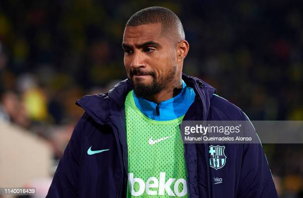 KevinPrince Boateng of Barcelona looks on in front of the bench prior to the La Liga match between Villarreal CF and FC Barcelona at Estadio de la...