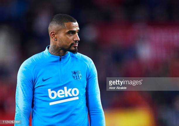 KevinPrince Boateng of FC Barcelona warms up prior to the start the Copa del Quarter Final match between Sevilla FC and FC Barcelona at Estadio Ramon...