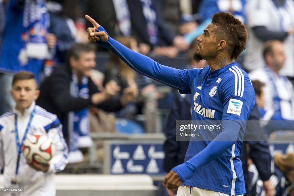 """Bundesliga - """"Schalke 04 v VfB Stuttgart"""" : News Photo"""