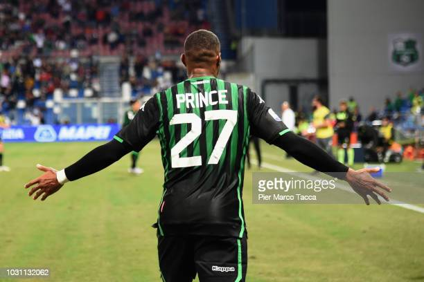 KevinPrince Boateng of US Sassuolo gestures during the serie A match between US Sassuolo and Genoa CFC at Mapei Stadium Citta' del Tricolore on...