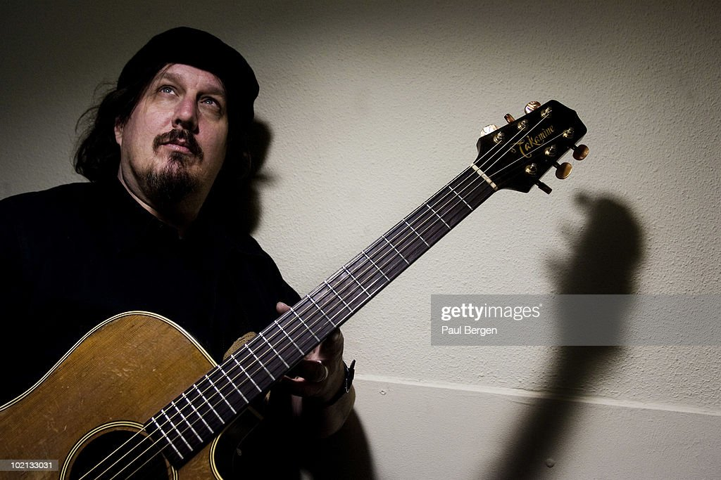 Kevn Kinney (from Drivin' 'n' Cryin') performs with acoustic guitar in Leiden, Holland on February 23 2010