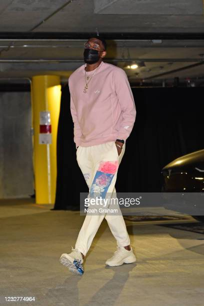 Kevon Looney of the Golden State Warriors arrives to the arena before the game against the Oklahoma City Thunder on April 8, 2021 at Chase Center in...