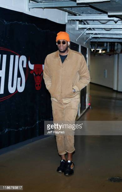 Kevon Looney of the Golden State Warriors arrives to the game against the Chicago Bulls on December 6 2019 at United Center in Chicago Illinois NOTE...
