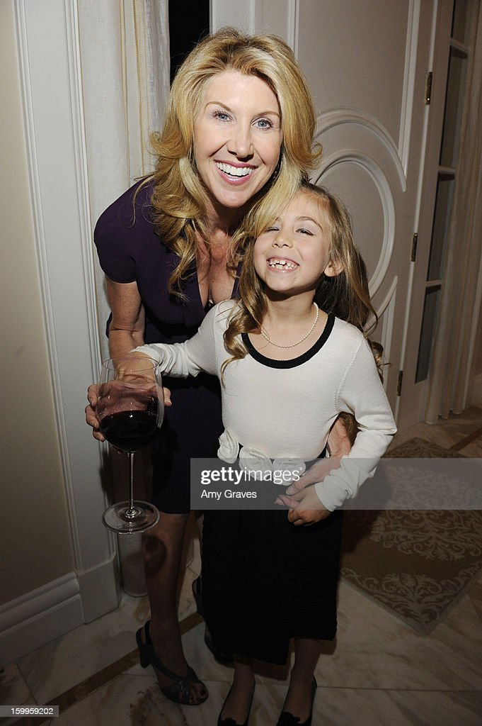 Kevyn And Elaine Wynn Host Dinner For Communities In Schools : News Photo