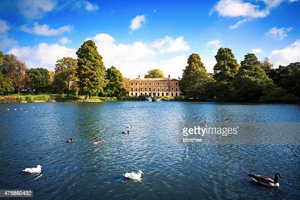kew gardens in london - richmond upon thames stock pictures, royalty-free photos & images