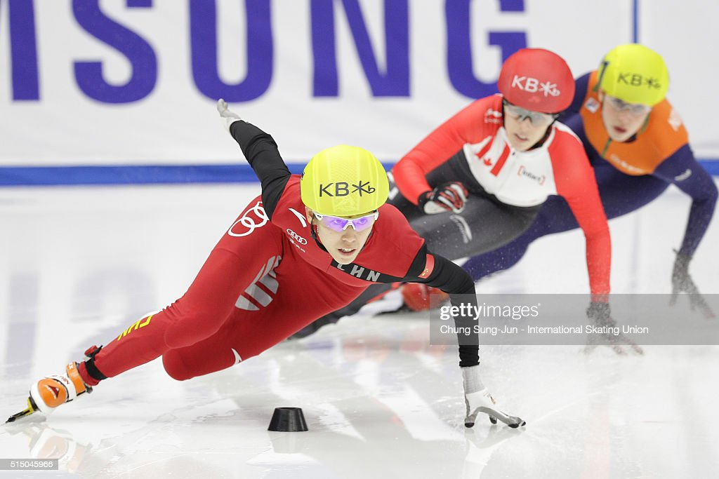 Kexin Fan of China competes in the Ladies 500m Semifinals during the ISU World Short Track Speed Skating Championships 2016 at Mokdong Icerink on March 12, 2016 in Seoul, South Korea.