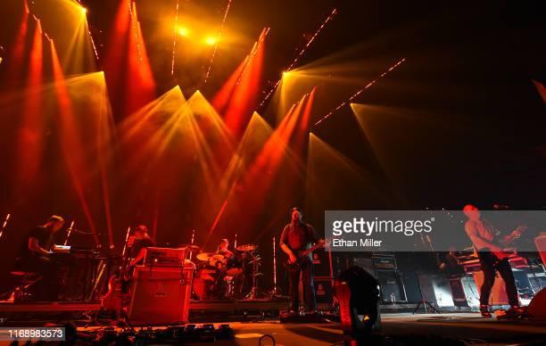 Keyboardist/guitarist Barry Burns touring guitarist/keyboardist Alex Mackay drummer Martin Bulloch bassist Dominic Aitchison and frontman Stuart...