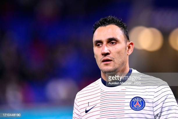 Keylor Navas of Paris Saint-Germain looks on during warmup before the French Cup Semi Final match between Olympique Lyon and Paris Saint-Germain at...