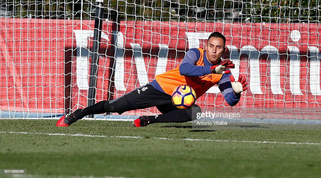Keylor Navas of Real Madrid during a training session at Valdebebas training ground on January 6, 2017 in Madrid, Spain.