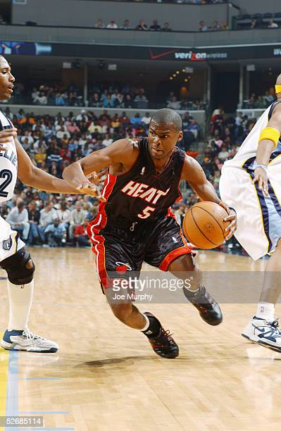 Keyon Dooling of the Miami Heat moves the ball during the game against the Memphis Grizzlies at FedexForum on April 8, 2005 in Memphis, Tennessee....
