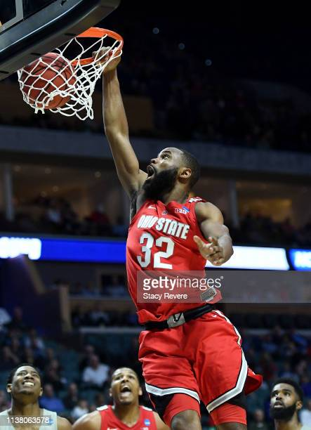 Keyshawn Woods of the Ohio State Buckeyes dunks the ball during the second half of the second round game of the 2019 NCAA Men's Basketball Tournament...