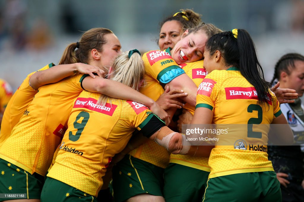 Australian Jillaroos v New Zealand Kiwi Ferns : News Photo