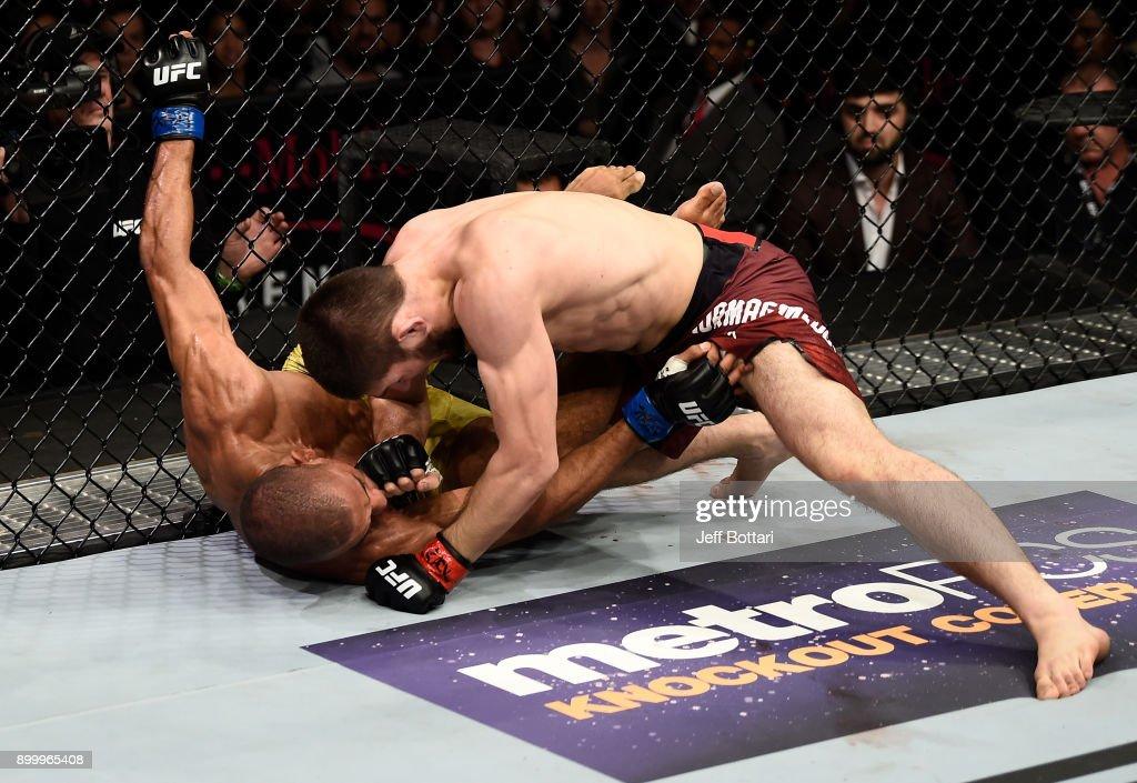 UFC 219: Nurmagomedov v Barboza : News Photo