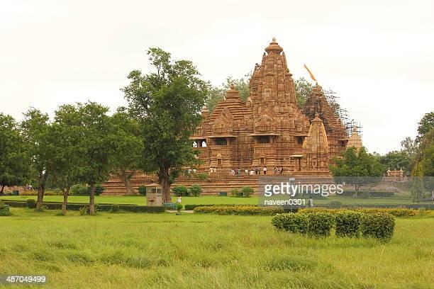 khajuraho temple - khajuraho stock photos and pictures