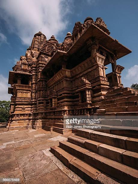 khajuraho temple, - khajuraho stock pictures, royalty-free photos & images