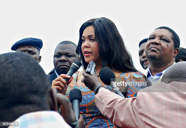 Khaliah Ali a daughter of boxing legend Muhammad Ali speaks to the media as she toured on October 30 2009 the Kinshasa stadium where her father...