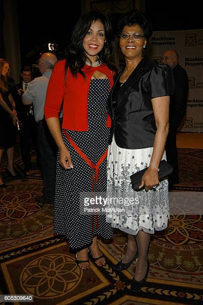 Khaliah Ali and Dionne Warwick attend PROJECT SUNSHINE Spring Gala Dinner honoring Billy Macklowe at Waldorf Astoria on May 15 2006 in New York City