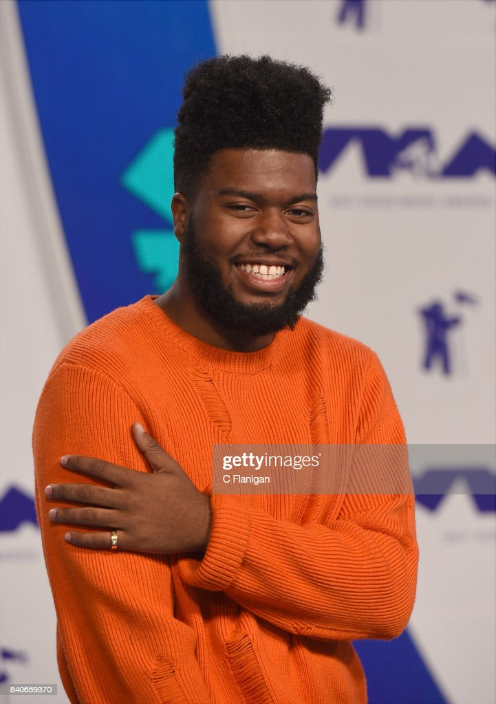 Khalid arrives at the 2017 MTV Video Music Awards at The Forum on August 27, 2017 in Inglewood, California.