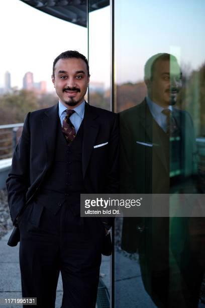 Khalid bin Bandar bin Sultan bin Abdulaziz Al Saud saudischer Geschäftsmann Mitglied der Dynastie der Saud und Diplomat Botschafter in Deutschland...