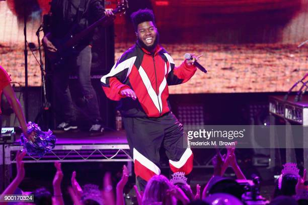 Khalid performs onstage during Dick Clark's New Year's Rockin' Eve with Ryan Seacrest 2018 on December 31 2017 in Los Angeles California