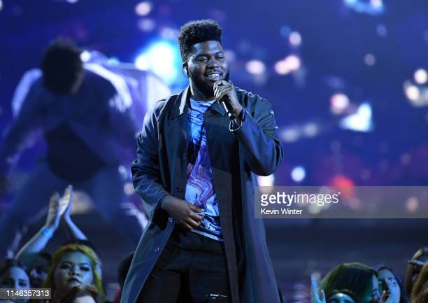 Khalid performs onstage during the 2019 Billboard Music Awards at MGM Grand Garden Arena on May 01, 2019 in Las Vegas, Nevada.