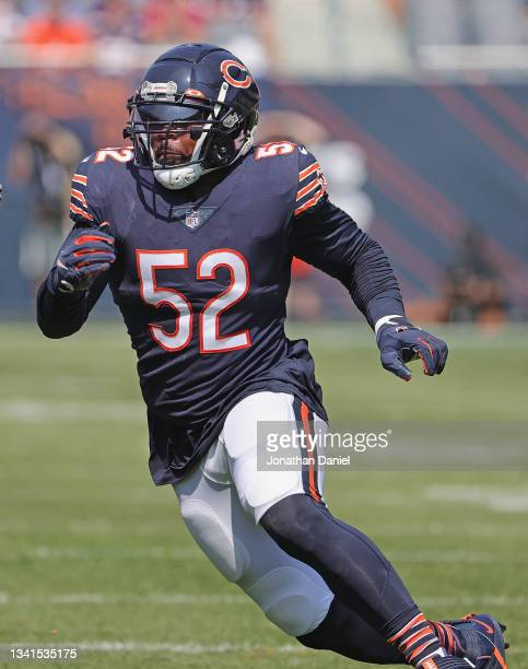Khalil Mack of the Chicago Bears rushes against the Cincinnati Bengals at Soldier Field on September 19, 2021 in Chicago, Illinois. The Bears...