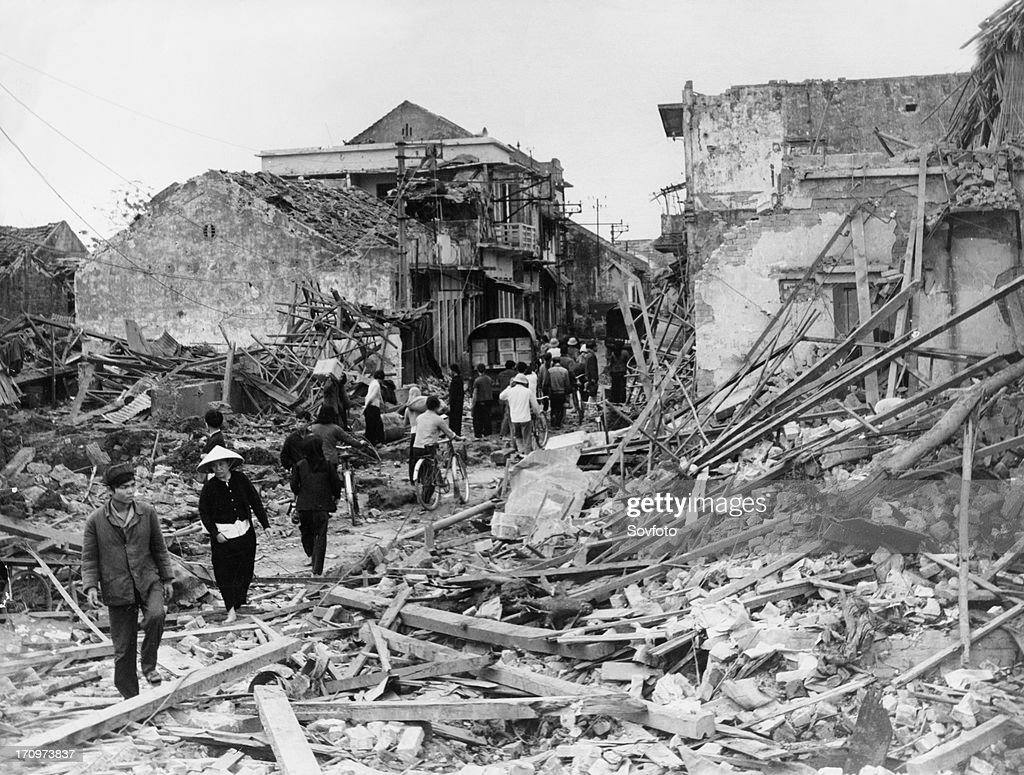 Kham thien street in central hanoi which was turned to rubble by an american bombing raid on december 27, 1972. : News Photo