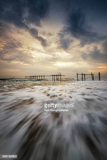 khao pilai beach - nun stock-fotos und bilder