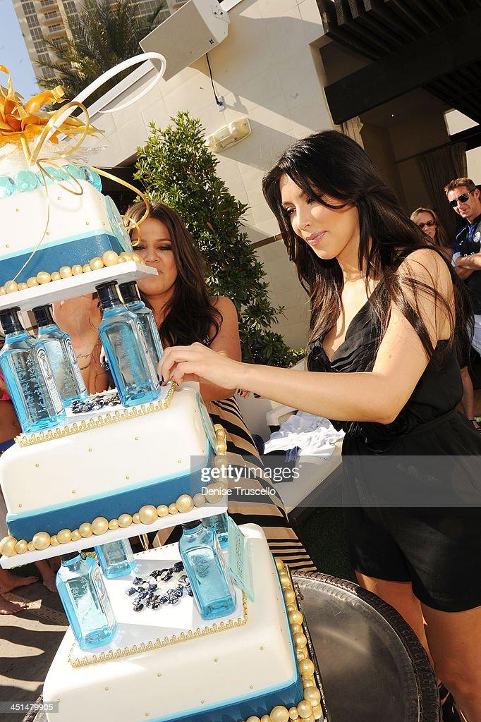 Khloe Kardashian And Kim Kardashian Celebrate Kourtney Kardashians