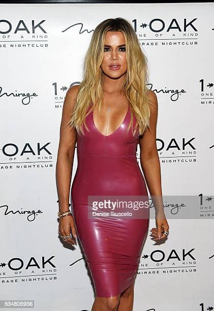 Khloe Kardashian arrives at Scott Disick's 33rd birthday at 1 OAK Las Vegas At The Mirage Hotel And Casino on May 28, 2016 in Las Vegas, Nevada.
