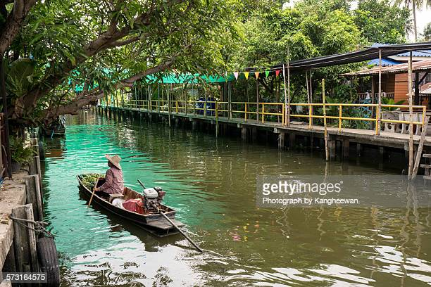 Khlong Latmayom Floating Market