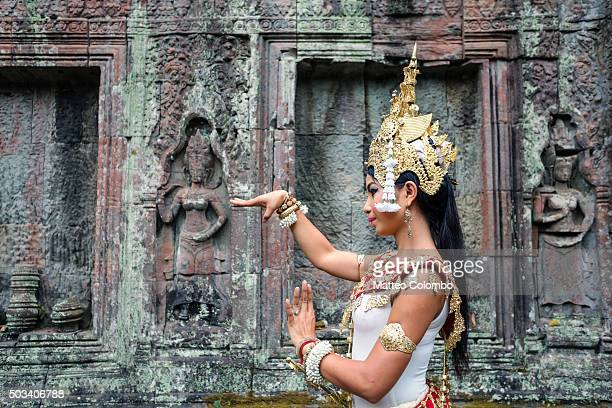 khmer apsara dancer inside ta prohm temple, angkor, cambodia - apsara stock photos and pictures