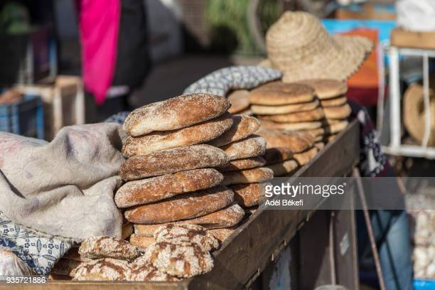 khobz (traditional moroccan bread) - north africa stock pictures, royalty-free photos & images