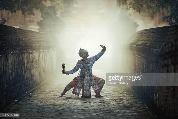 khon is traditional dance drama art of thai classical masked - linda rama imagens e fotografias de stock