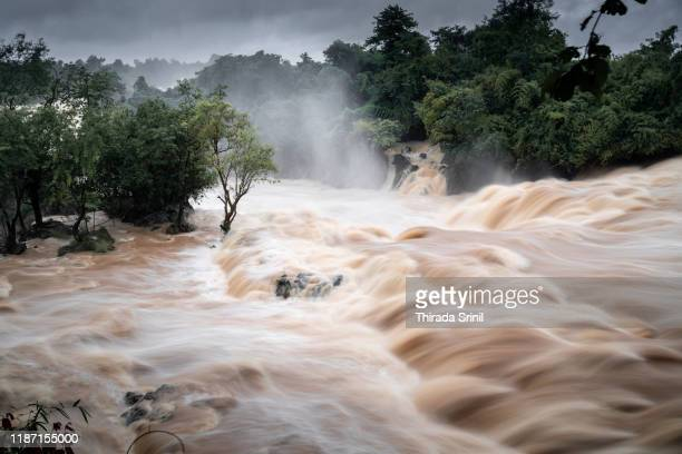 khone phapheng falls - flood stock pictures, royalty-free photos & images