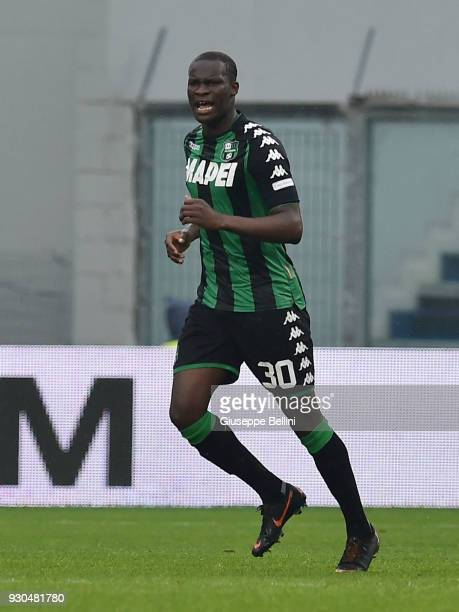 Khouma Babacar of US Sassuolo celebrates after scoring goal 11 during the serie A match between US Sassuolo and Spal at Mapei Stadium Citta' del...