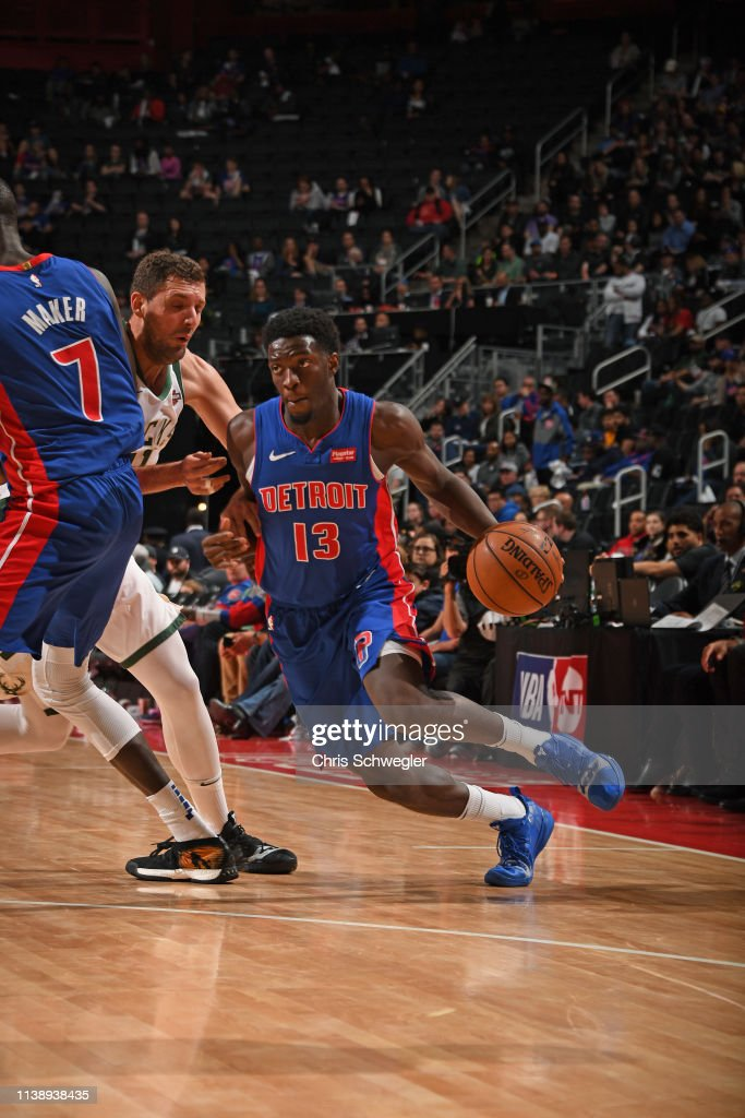 new arrival b8314 9e5bf Khyri Thomas of the Detroit Pistons handles the ball against ...