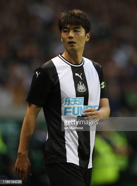Ki Sung Yeung of Newcastle United is seen in action during the PreSeason Friendly match between Hibernian and Newcastle United at Easter Road on July...