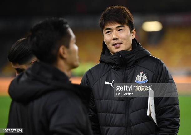 Ki SungYueng of Newcastle United looks on prior to the Premier League match between Wolverhampton Wanderers and Newcastle United at Molineux on...