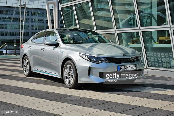 kia optima - plug-in hybrid sedan - kia stock pictures, royalty-free photos & images