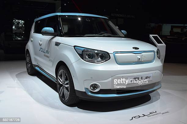 kia soul ev on the motor show - kia stock pictures, royalty-free photos & images