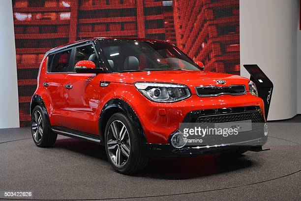 kia soul on the motor show - kia stock pictures, royalty-free photos & images
