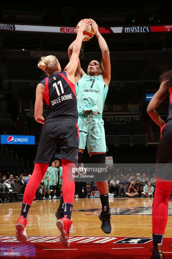 Kia Vaughn #7 of the New York Liberty shoots the ball against the Washington Mystics on July 5, 2018 at the Verizon Center in Washington, DC.