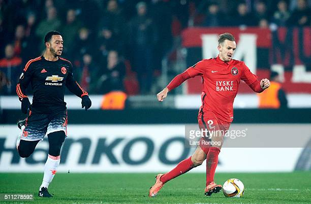 Kian Hansen of FC Midtjylland controls the ball during the UEFA Europa League match between FC Midtjylland and Manchester United at MCH Arena on...
