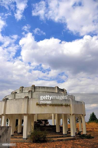 kibimba, gitega province, burundi: tutsi genocide memorial - afrika afrika stock pictures, royalty-free photos & images