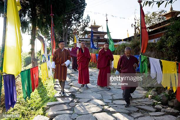 kichu lhakhang dzong or monastery, built 675ad, paro, bhutan - peter adams stock pictures, royalty-free photos & images