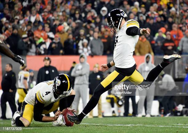 Kicker Chris Boswell and punter Jordan Berry of the Pittsburgh Steelers miss a field goal during the game against the Pittsburgh Steelers at...